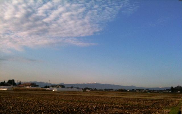 朝日岳にも雪
